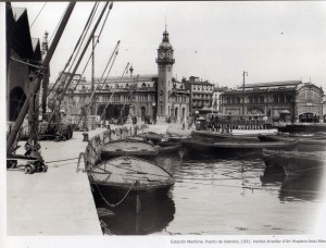 Del libro. En 1931. Puerto de Valencia.