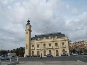 Edificio del Reloj pto.Vcia.14.10.05. Esteban Gonzalo